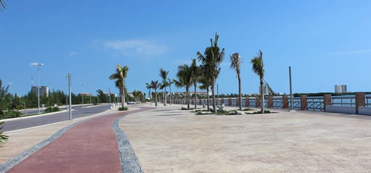 malecon cancun
